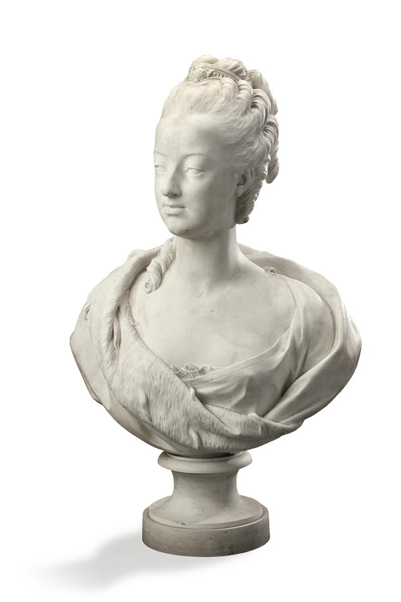 A vendre: bustes Marie Antoinette - Page 4 14563310