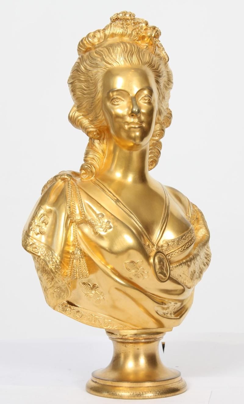 A vendre: bustes Marie Antoinette - Page 4 14568210