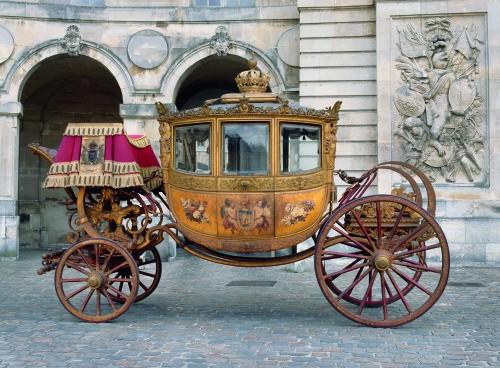 Musée des carrosses à Versailles - Page 3 Galeri10