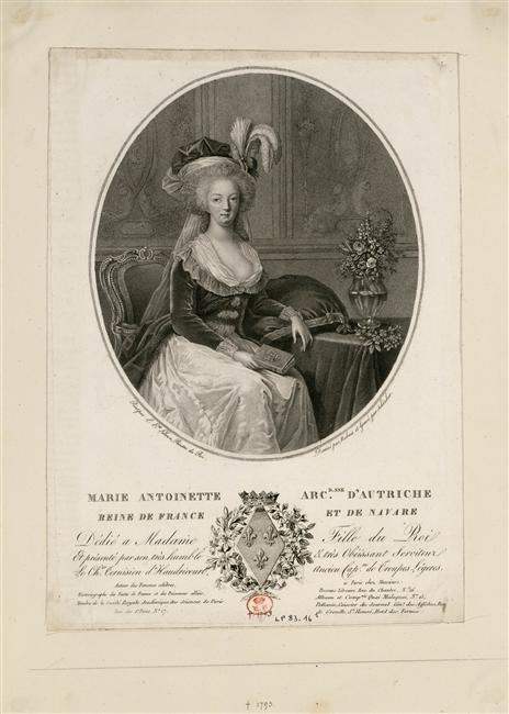 Marie-Antoinette au livre en robe bleue - Page 2 Zreine10