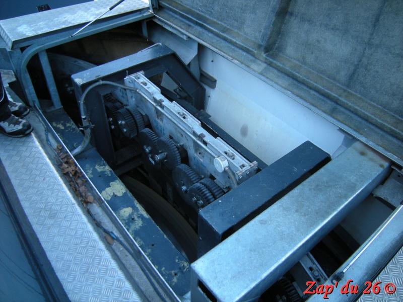 Télésiège à attaches débrayables 4 places (TSD4) Rousset Express Dscn8021