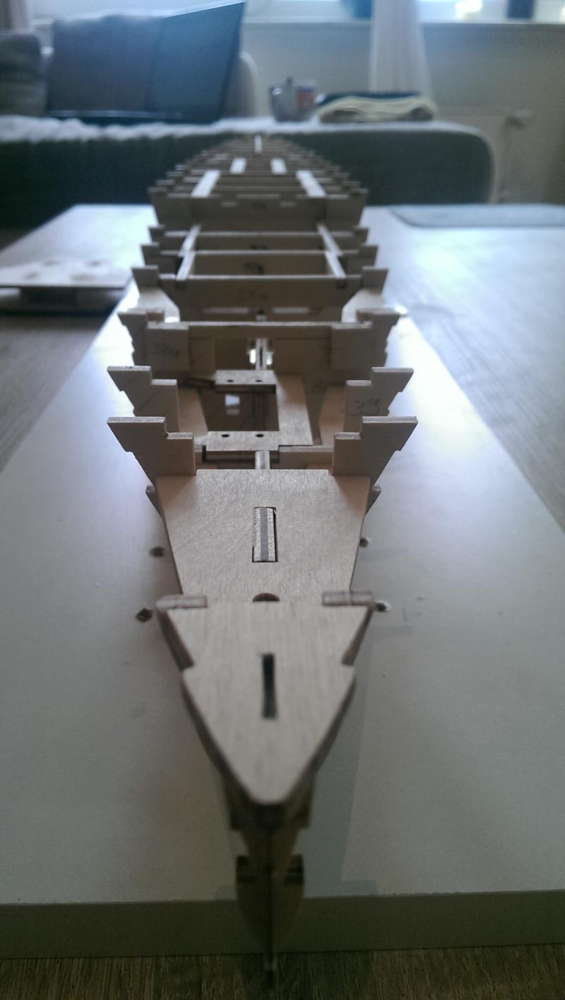 Schlachtkreuzer Hood von Wiking Imag0818