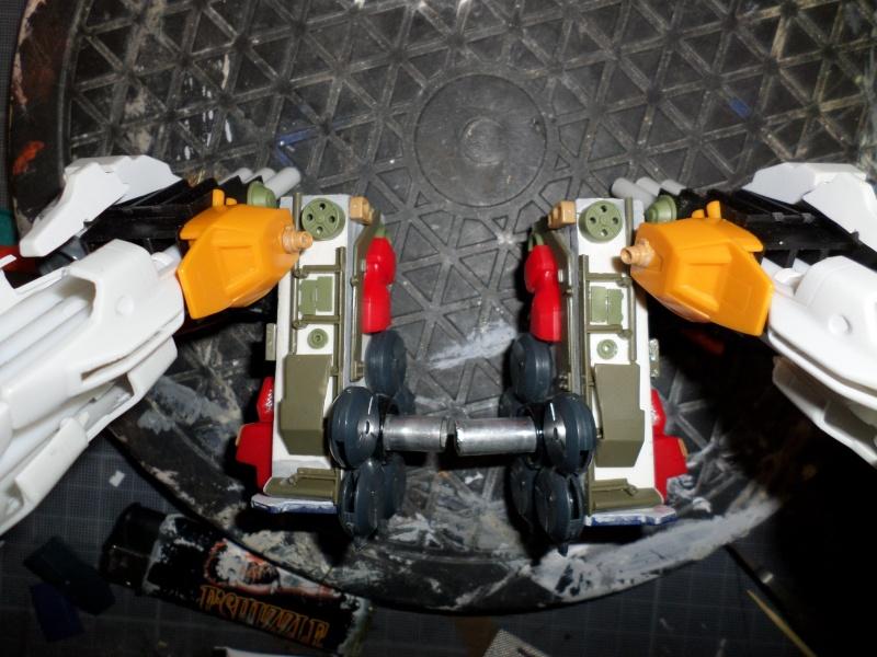 Robot de combat (mon pote robot) - Page 3 Sam_1211
