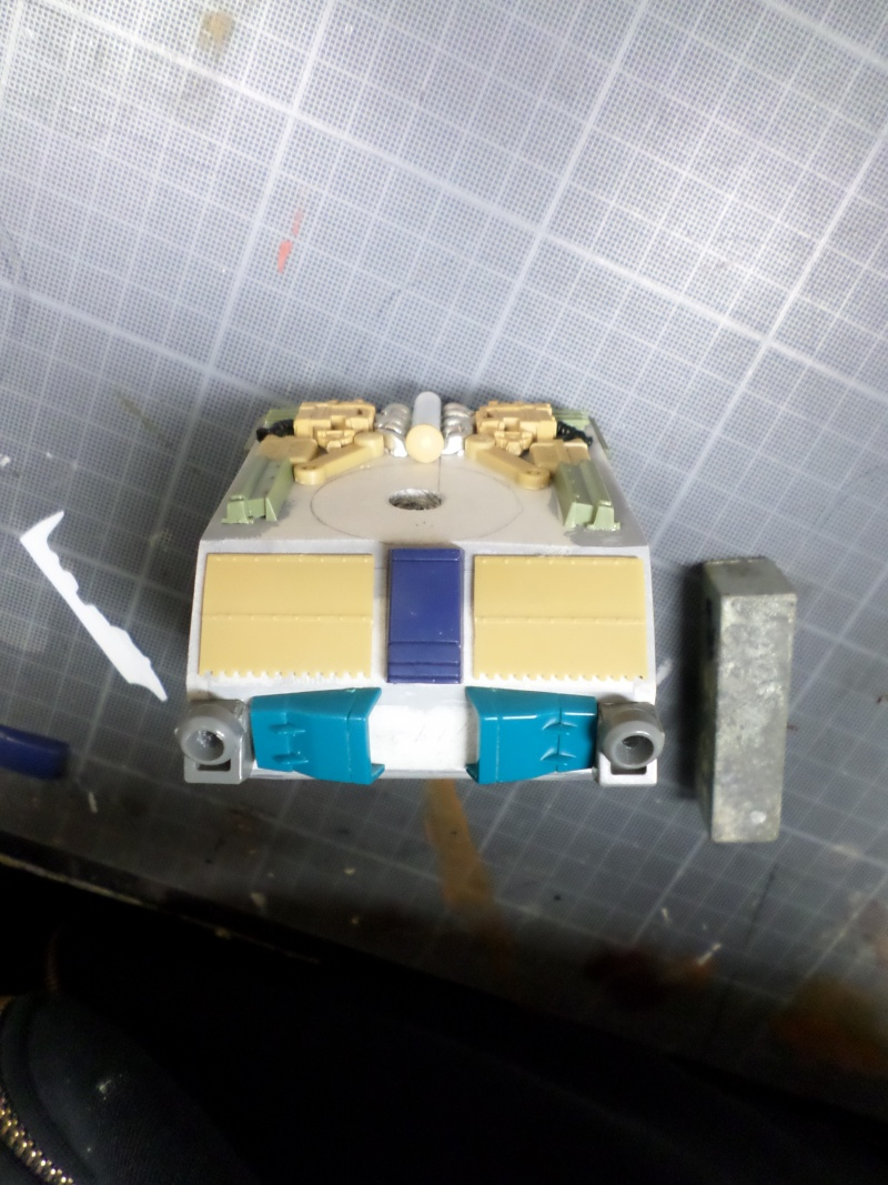 Robot de combat (mon pote robot) - Page 3 Sam_1321