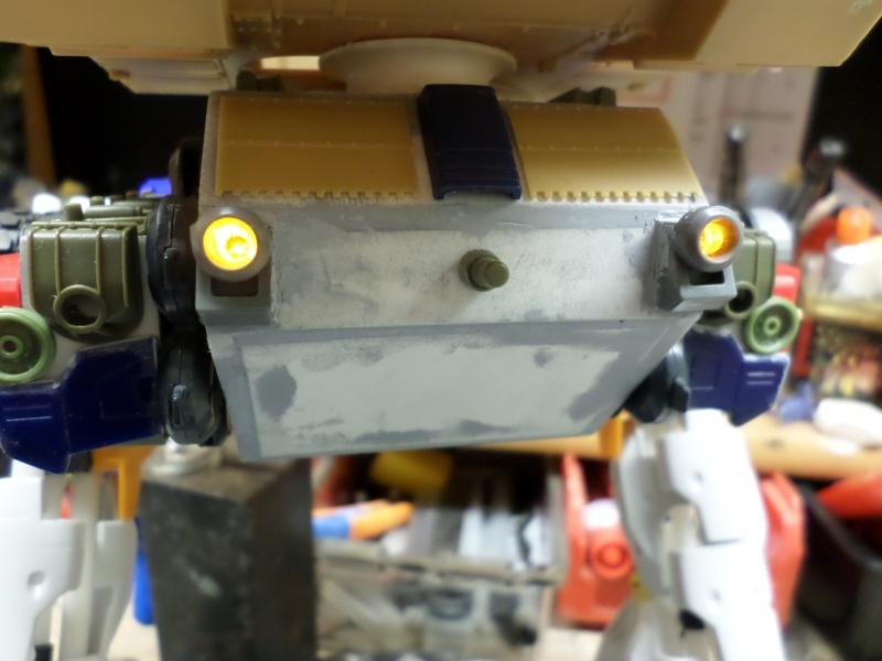 Robot de combat (mon pote robot) - Page 3 Sam_1322