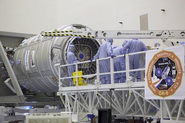 Lancement Atlas V / Cygnus OA-6 - 23 mars 2016 au KSC - Page 2 156