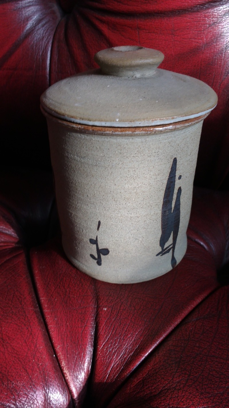 Another Japanese style vase stoneware? glazed inside and a makers mark Img_2023