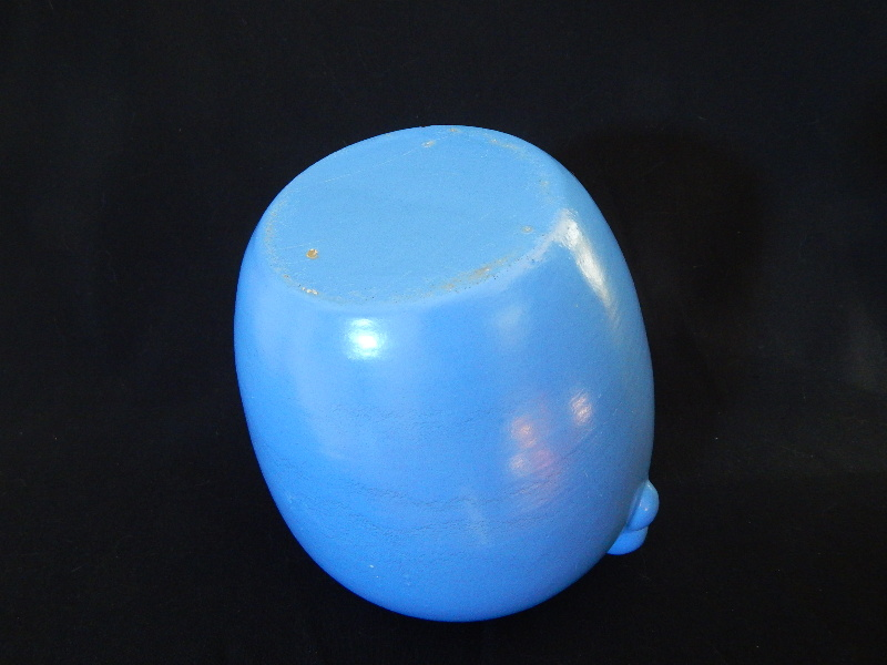 Pretty blue Art Deco vase...who made this? Questi14