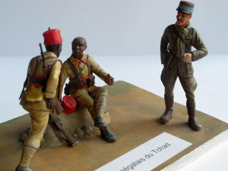 Figurines HELLER 1/35e  Troupes coloniales françaises  2eGM Img_2513