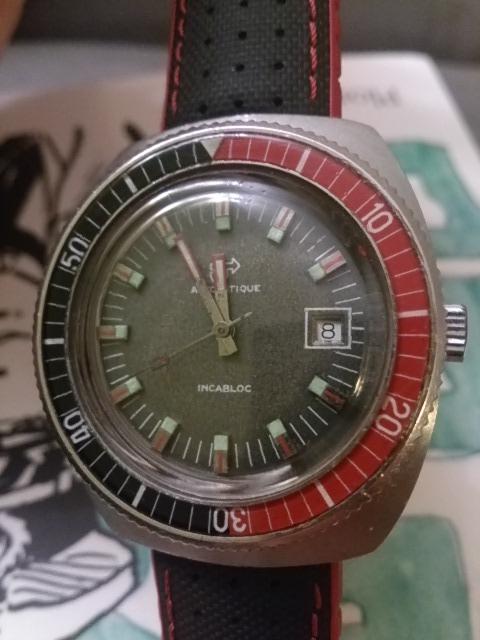 montre de plongée 70's ? Dsc_0918
