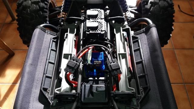 X-MAXX Viceral Tek    (VENDU) 20160246