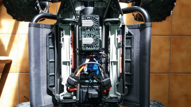 X-MAXX Viceral Tek    (VENDU) 20160248