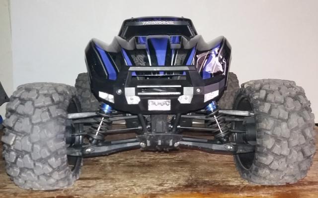 X-MAXX Viceral Tek    (VENDU) 20160399