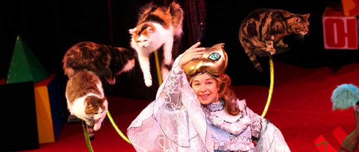 Des chats pour comédiens Theatr10