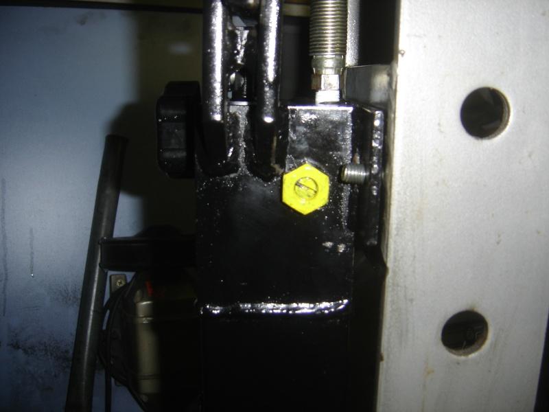 Problème presse d'atelier Dsc01013
