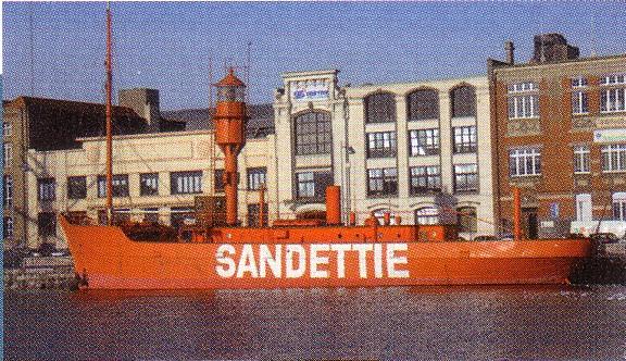 Le bateau-feu SANDETTIE Baeau-10