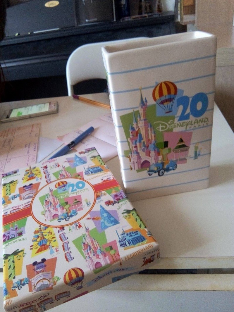 """Collection """"rétro"""" 20 ans de Disneyland Paris  12773011"""