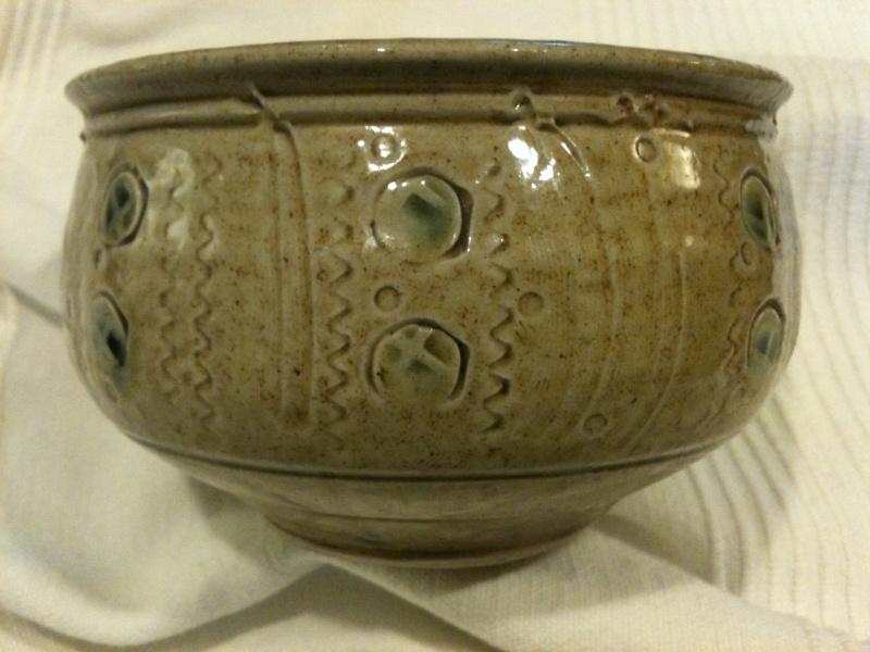 small stoneware bowl - SfR mark - Maureen Minchin, Springs Farm Pottery Img_0613