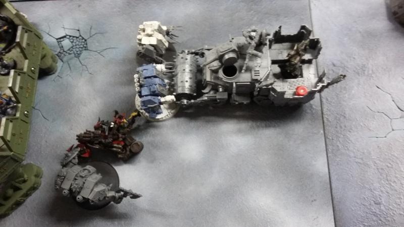 "Rapport de bataille Warhammer 40 000 du samedi 27 fevrier : scenario ORKS/SPACE WOLVES - ""Bataille pour du karbu"" 2-la_c10"