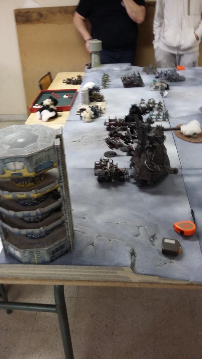 """Rapport de bataille Warhammer 40 000 du samedi 27 fevrier : scenario ORKS/SPACE WOLVES - """"Bataille pour du karbu"""" 3-idem11"""