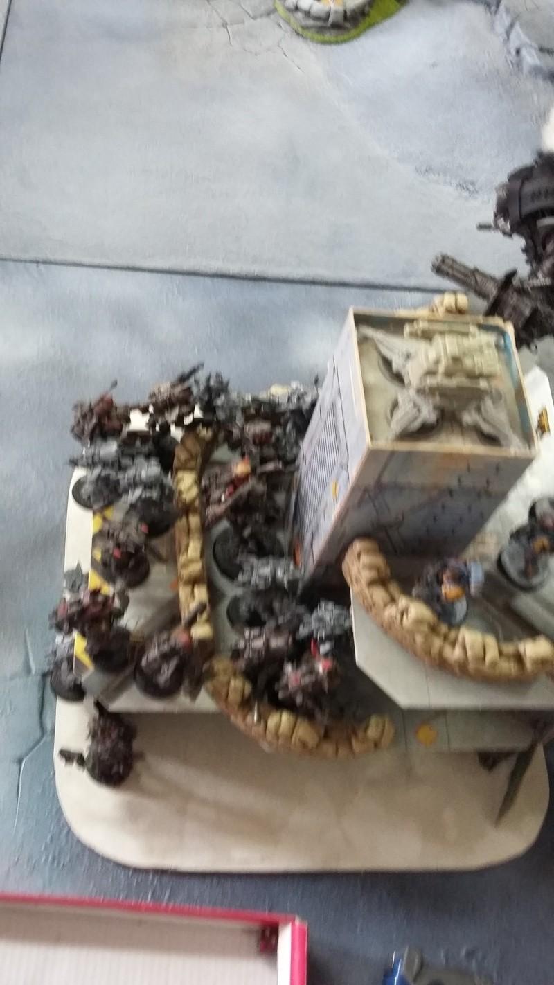 """Rapport de bataille Warhammer 40 000 du samedi 27 fevrier : scenario ORKS/SPACE WOLVES - """"Bataille pour du karbu"""" 3-les_10"""