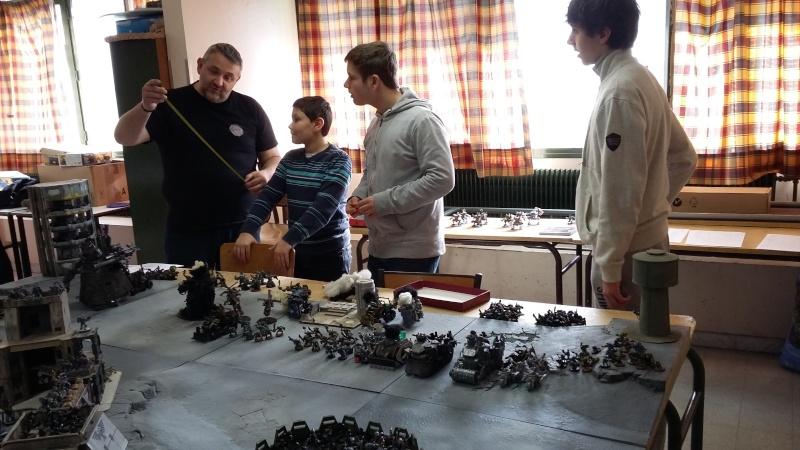 """Rapport de bataille Warhammer 40 000 du samedi 27 fevrier : scenario ORKS/SPACE WOLVES - """"Bataille pour du karbu"""" 3-un_i10"""
