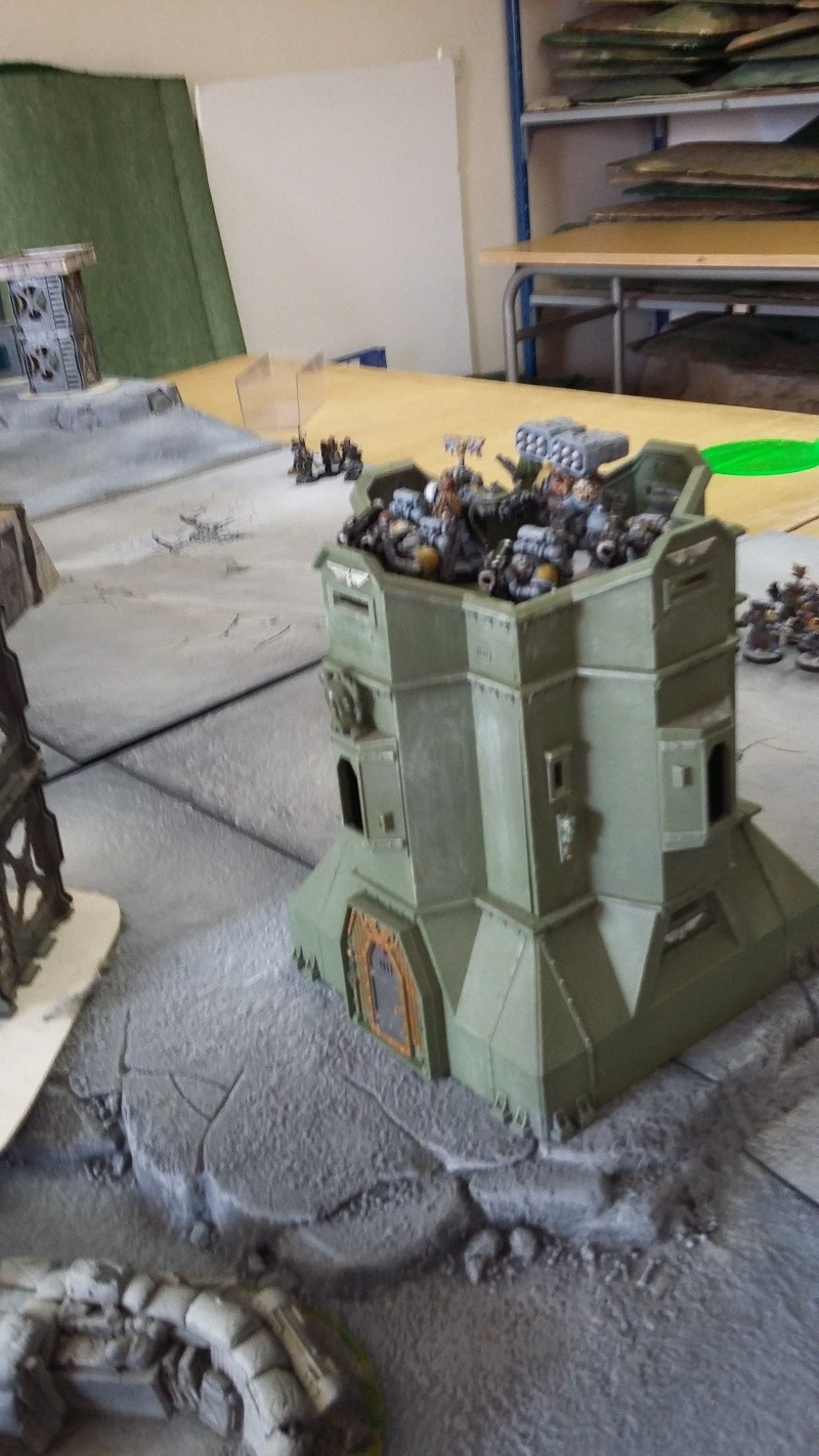 """Rapport de bataille Warhammer 40 000 du samedi 27 fevrier : scenario ORKS/SPACE WOLVES - """"Bataille pour du karbu"""" 37110"""