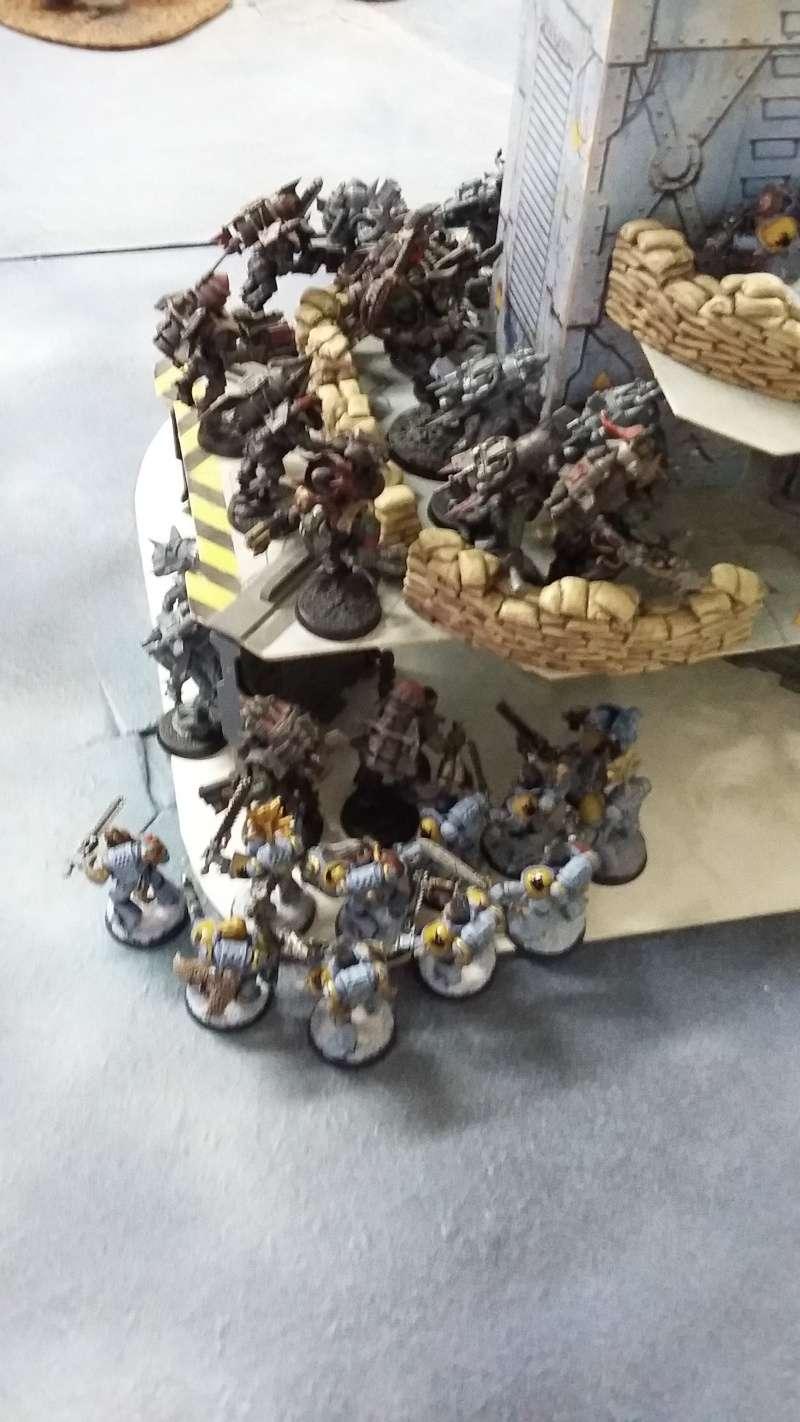 """Rapport de bataille Warhammer 40 000 du samedi 27 fevrier : scenario ORKS/SPACE WOLVES - """"Bataille pour du karbu"""" 46810"""