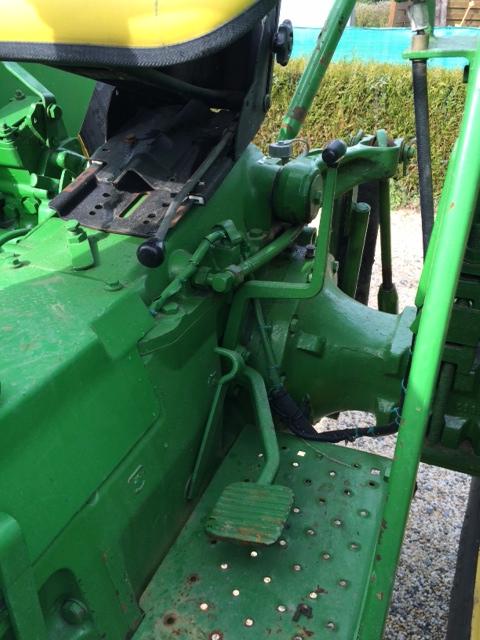Problème hydraulique sur john deere 1020 Img_1232