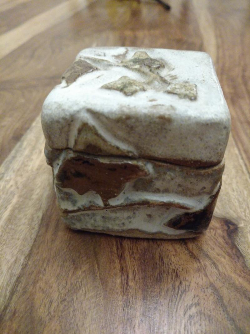 Unmarked Small Lidded Stoneware Box - Any Info/ID? 6e10