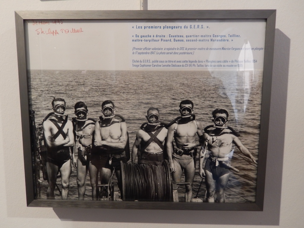 [Les écoles de spécialités] École de plongée de la Marine - Page 3 Rscn0511