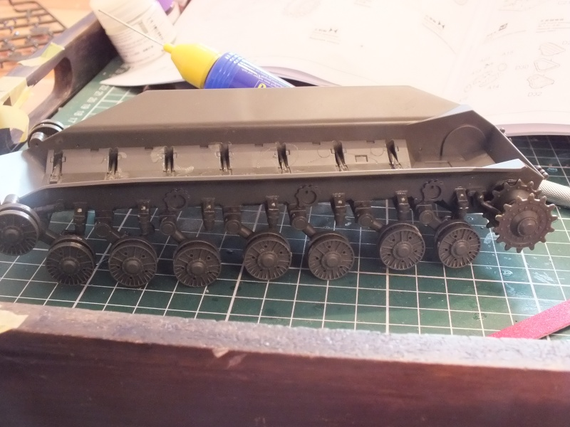 Montage Char T-10M Heavy Tank Meng 1/35 réf: TS 018 Dscf8946