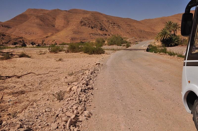 [Carburant, Routes, Police] Route R111 Foumzguid Tazenath Sur_ro10