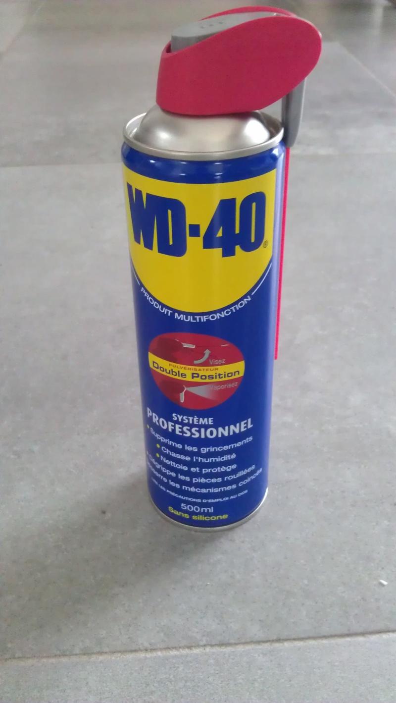 Vente de bouteille de WD40 à 7 euro l'unité Imag0810