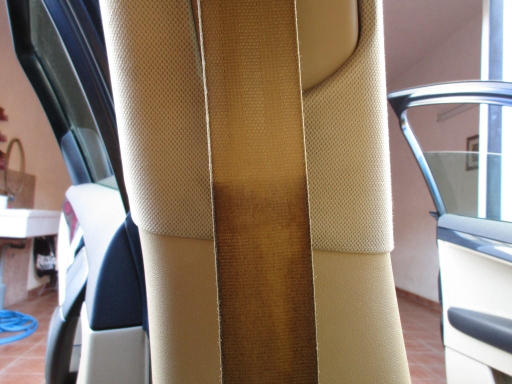 Pulizia cinture di sicurezza beige Img_0012