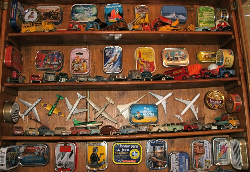 Puxisardinophiles (collectionneurs de boîtes de sardines) Img_4110