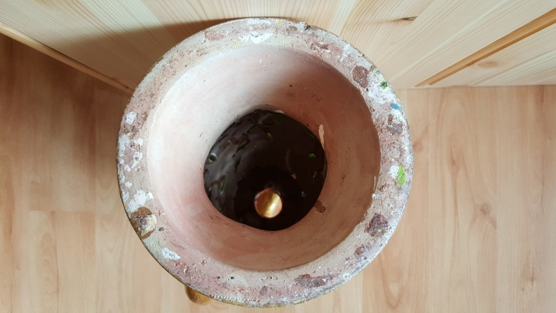 PLEASE help me get some info on this Asian Vase/Candle cover Asian_11