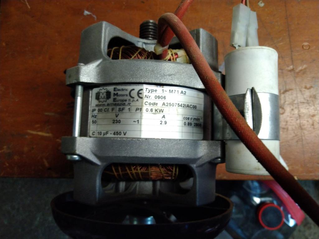 cherche moteur electrique Img_2084