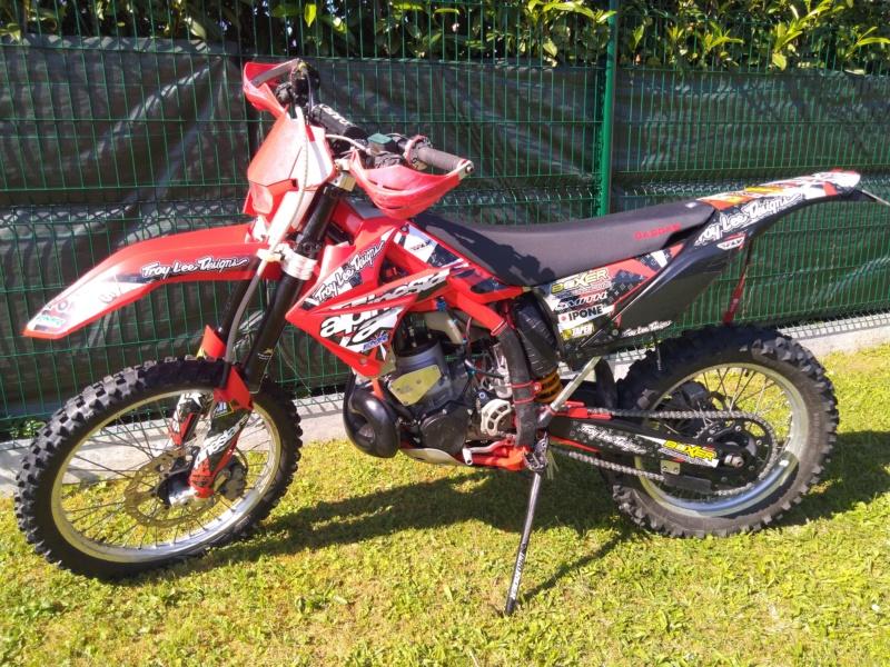 Présentez nous vos motos ! Img_2146