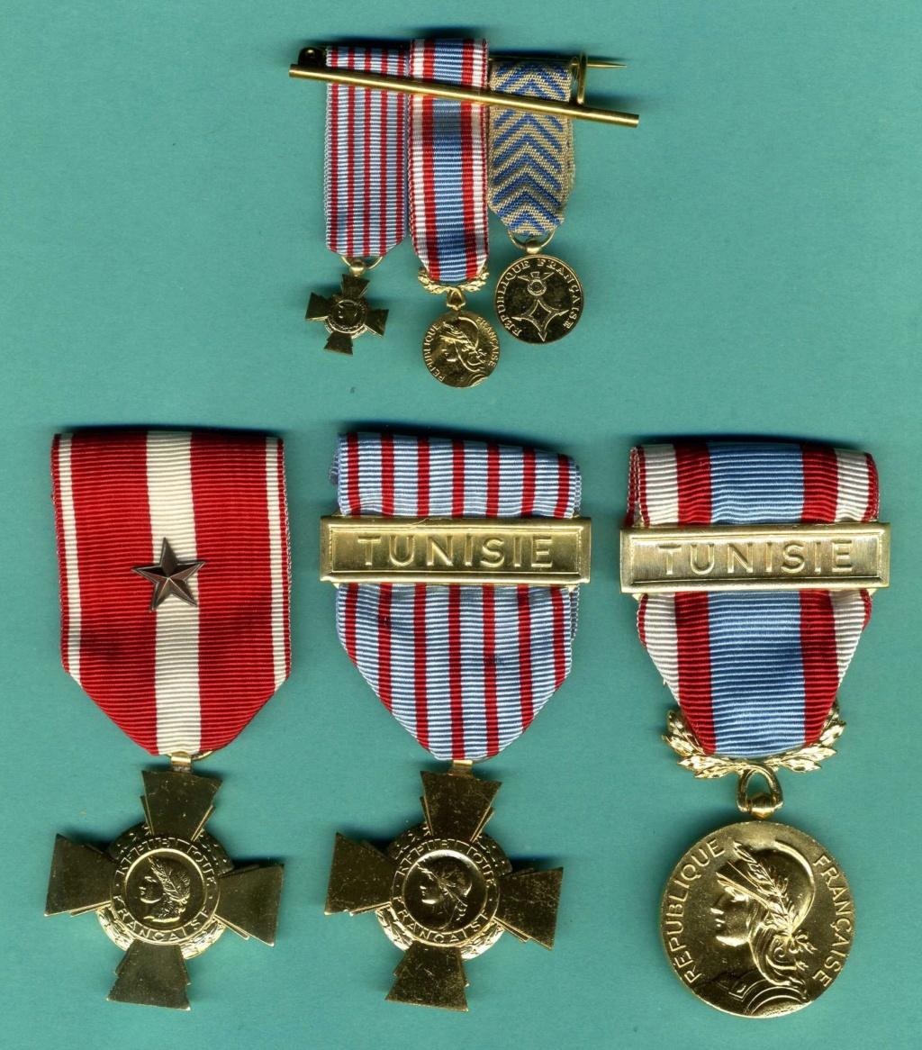 lot de médailles opérations en Tunisie  Img91010