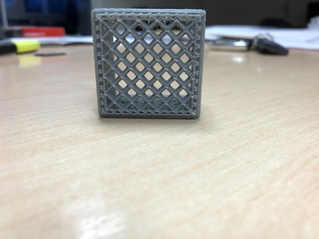Ma première imprimante 3D, la Anycubic Photon à résine. - Page 3 Ccf68e10