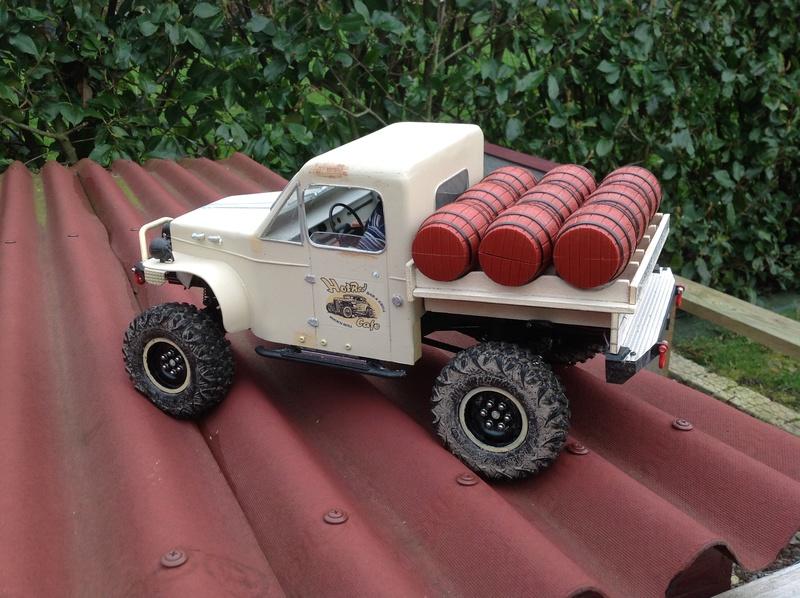 un camion à bière ZIL157 Img_1113