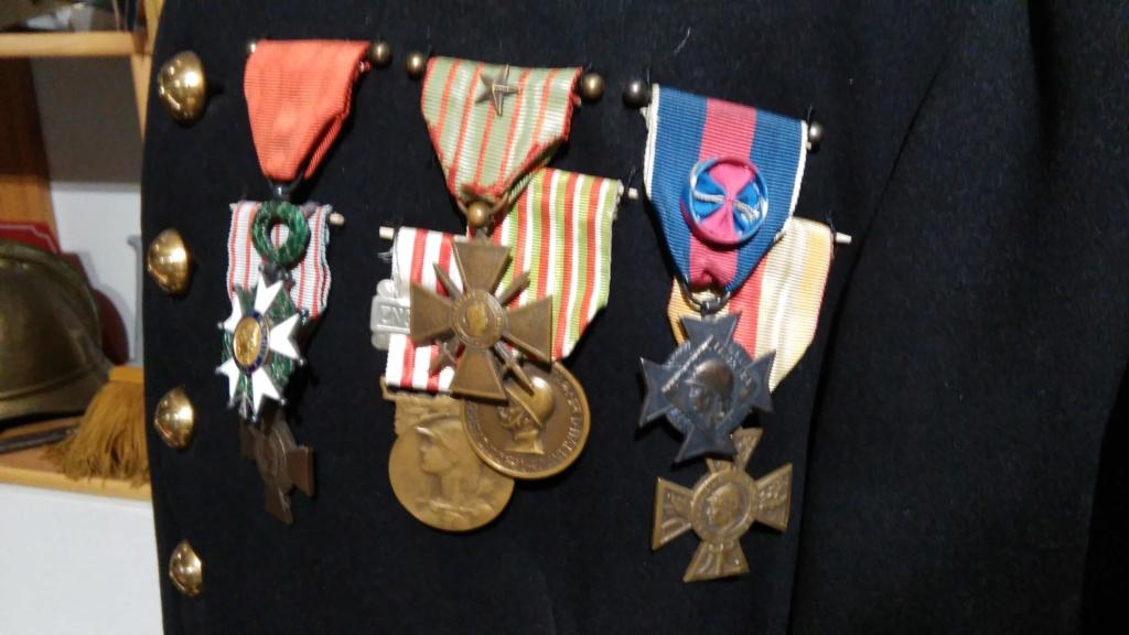 De HS: Quelle médaille pour mon grand père. Img_2046