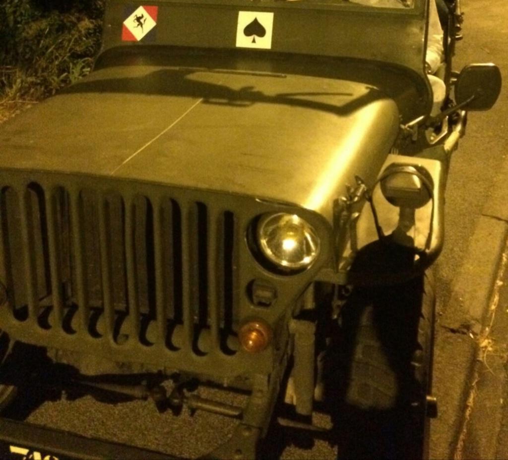 Calligraphie pour nom personnalisé de Jeep Willys Img_2099