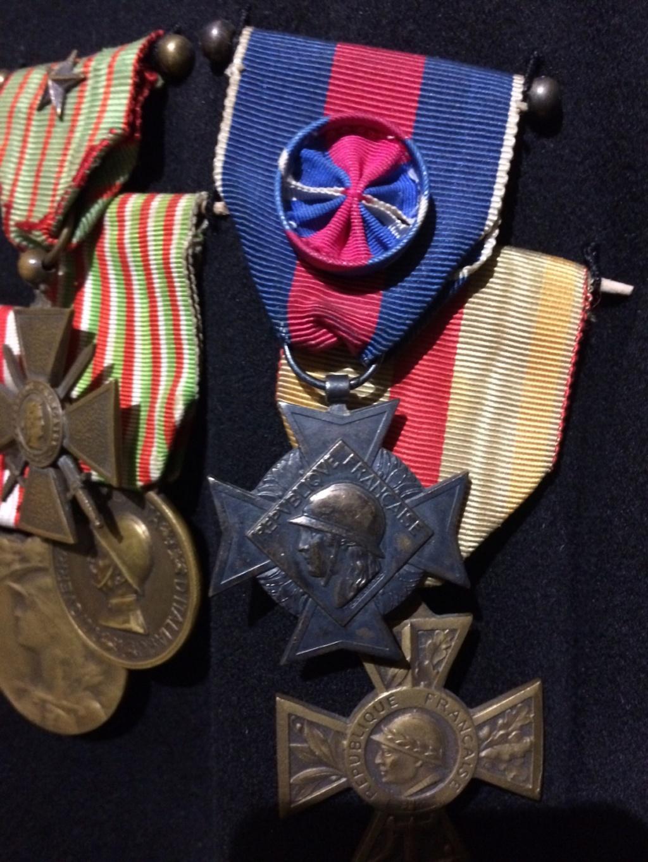 De HS: Quelle médaille pour mon grand père. Img_2115