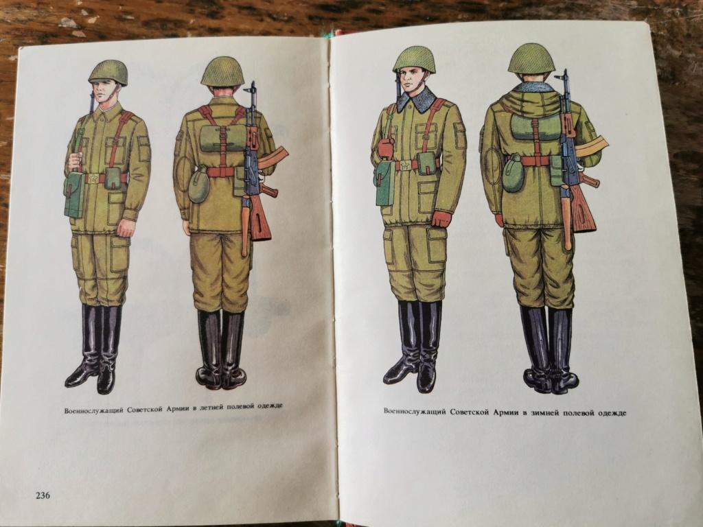 Qui peut traduire le Russe. Badge marine soviétique  Img_2240