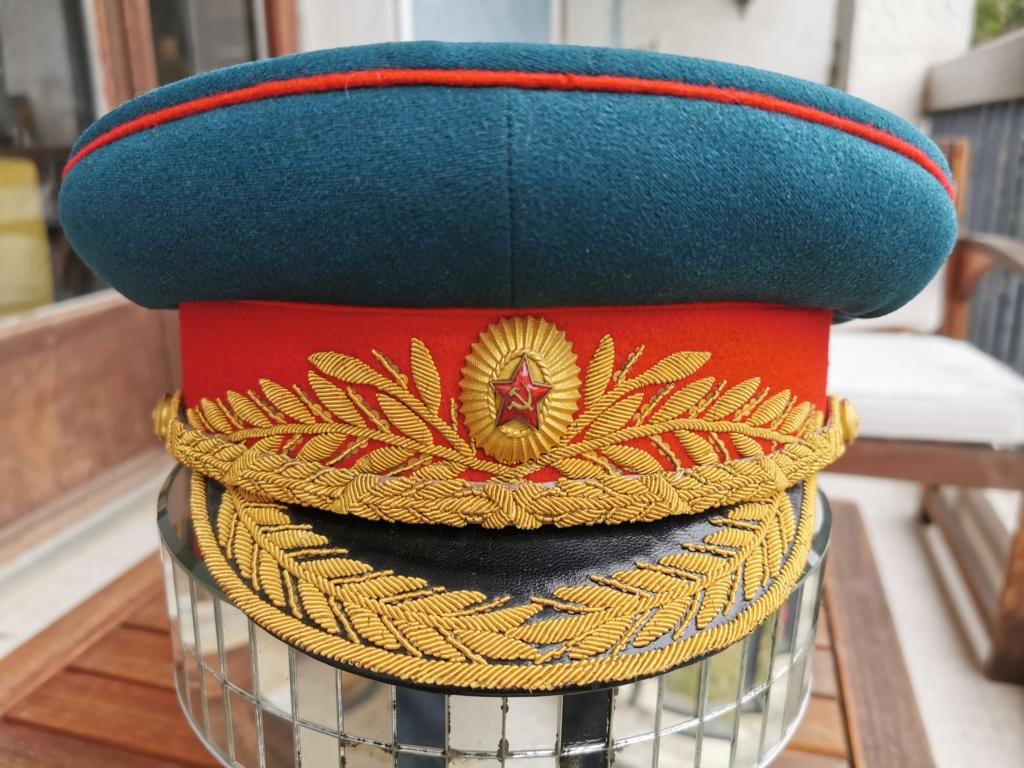 Details de mes coiffures de Général soviétique.  Img_2254
