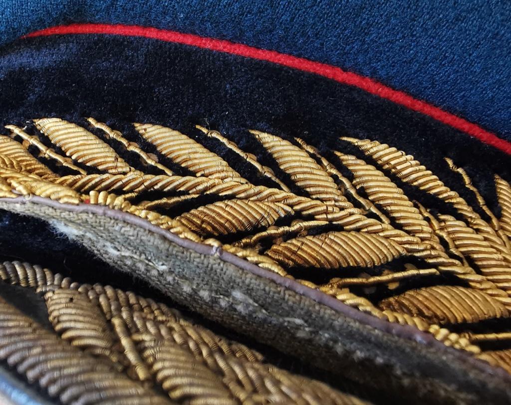 Details de mes coiffures de Général soviétique.  Img_2268