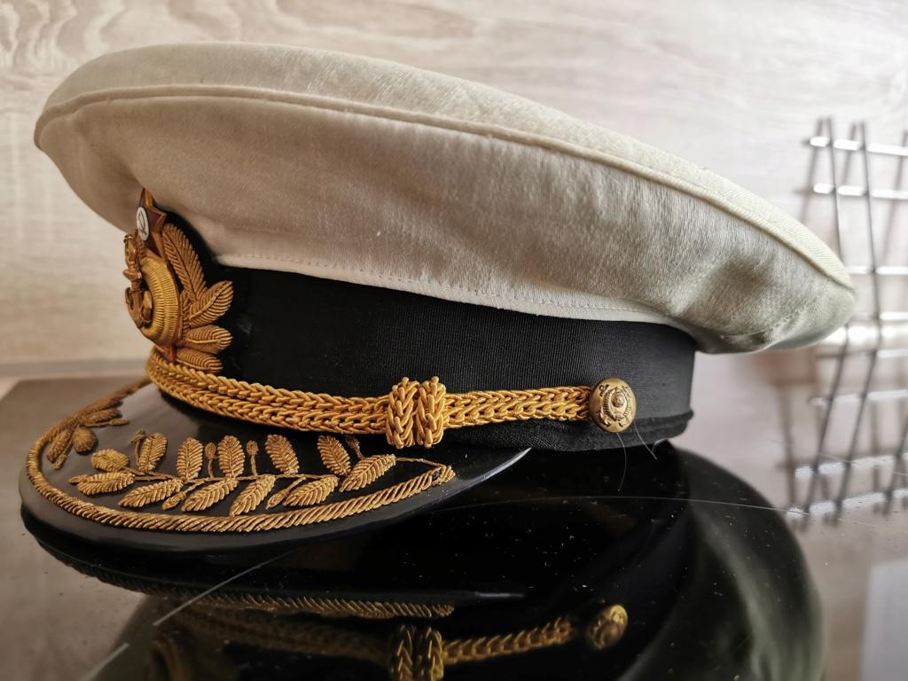 Details de mes coiffures de Général soviétique.  Img_2272