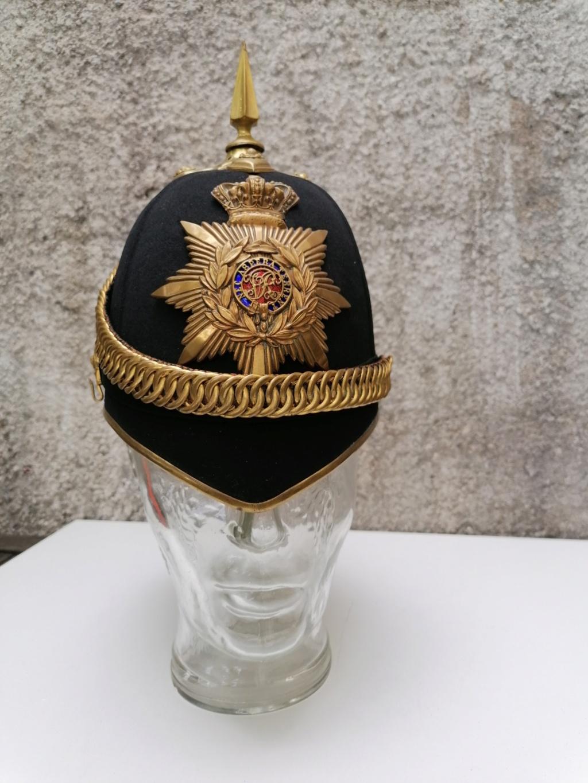 Série casques coloniaux de parades Britannique.. De l'orfèvrerie. Collec. perso Img_2470